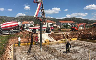 Byggnation av nya lägenheter i Trogir, Kroatien